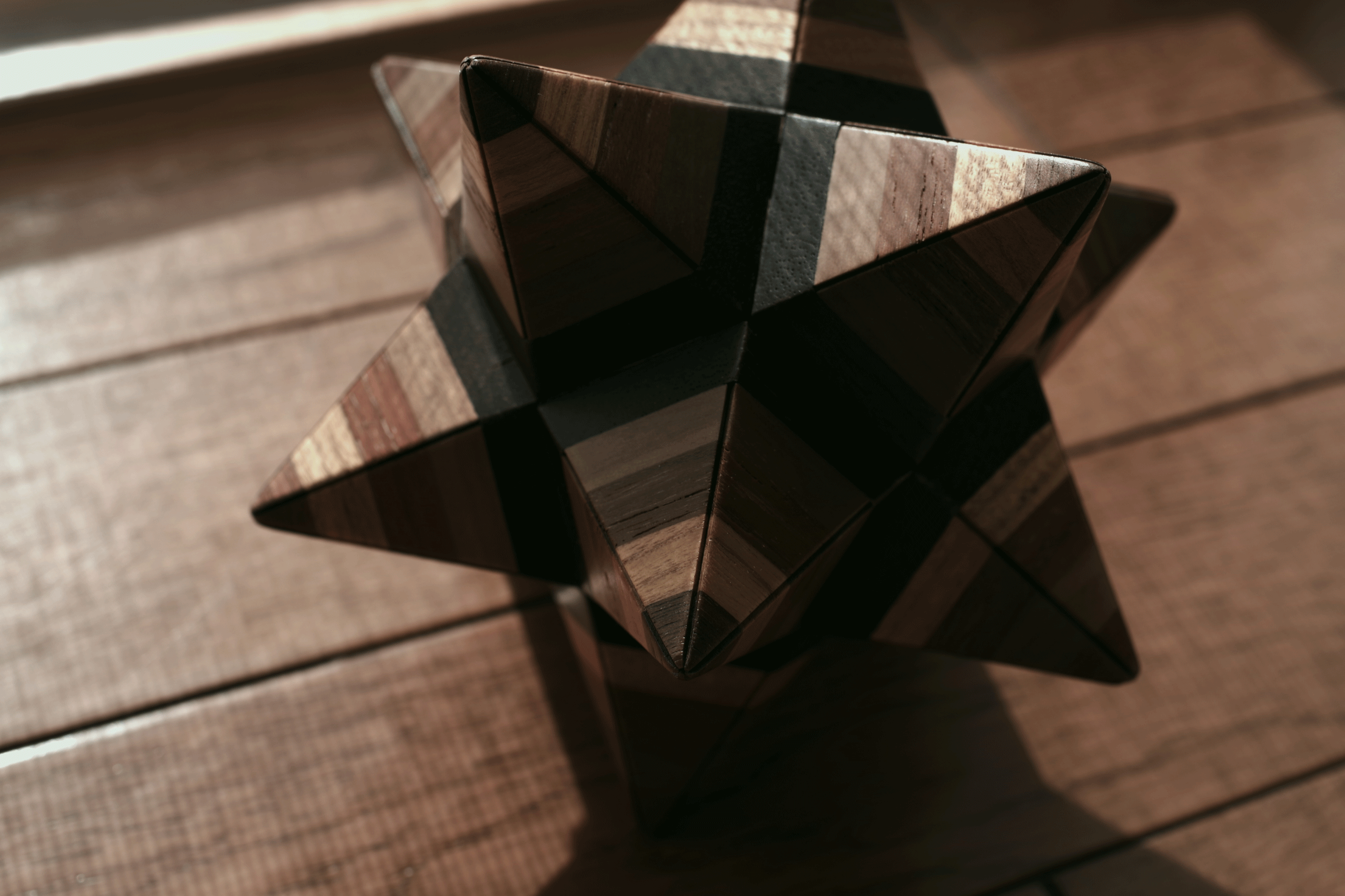 Small stellated dodecahedron secret box B
